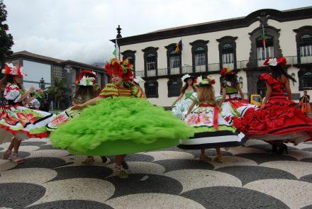 Madeira Flower Festival 2010/End of the Parade
