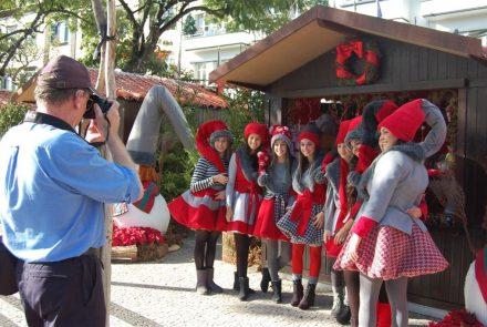 "End of the Year Festivities 2011/""Bonecas de Natal"""