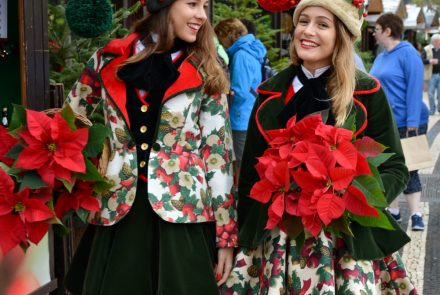 End Of The Year Festivities 2017/Christmas Market/Dresses