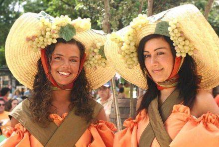 Madeira Wine Festival 2006/Hats